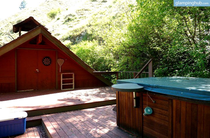 Cabins for rent idaho wilderness area glamping idaho for Wall tent idaho