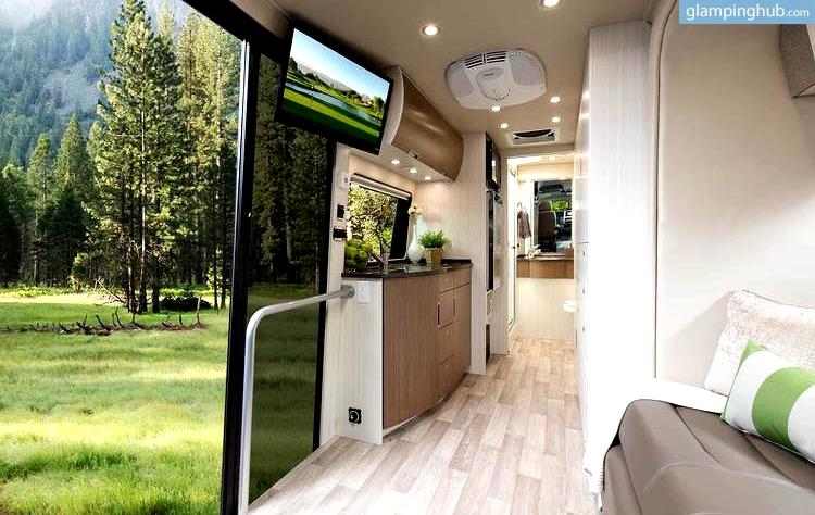 Luxury RV Nevada   Luxury Caravan Rental USA