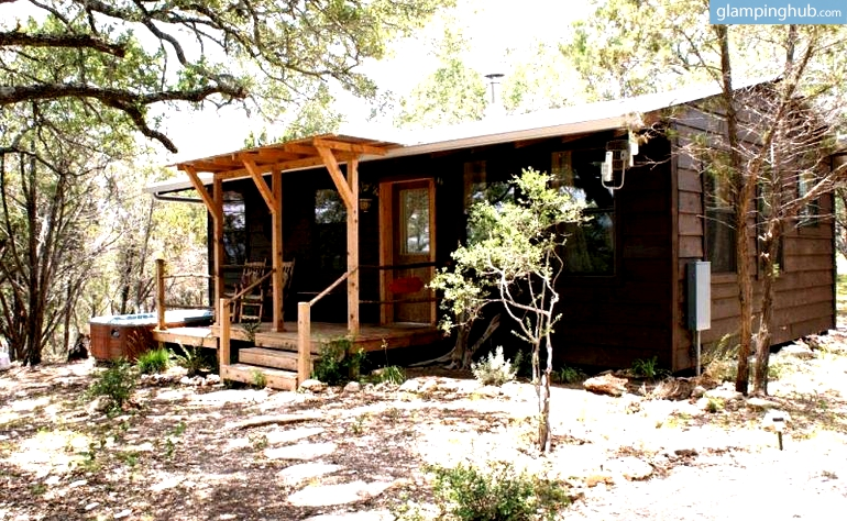 Texas hill country cabins cabins hill country for Texas hill country cabin builders