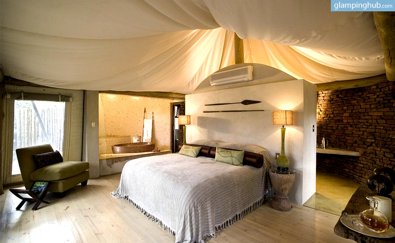 Luxury Tents In With Sightseeing Shower