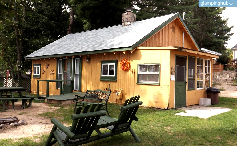 cabin camping in michigan