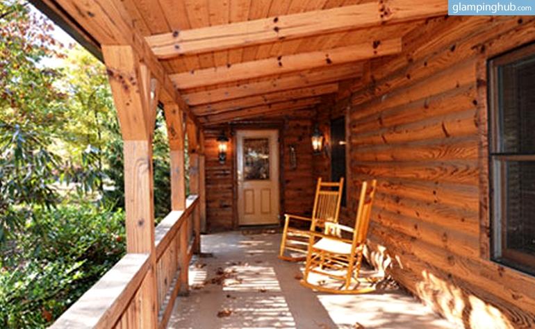 Glamping Log Cabin Ozarks