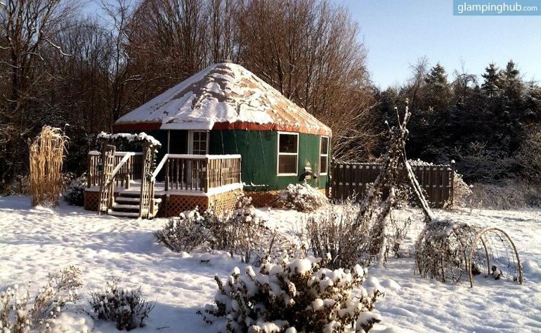Eco Friendly Yurt In New York Glamping In New York