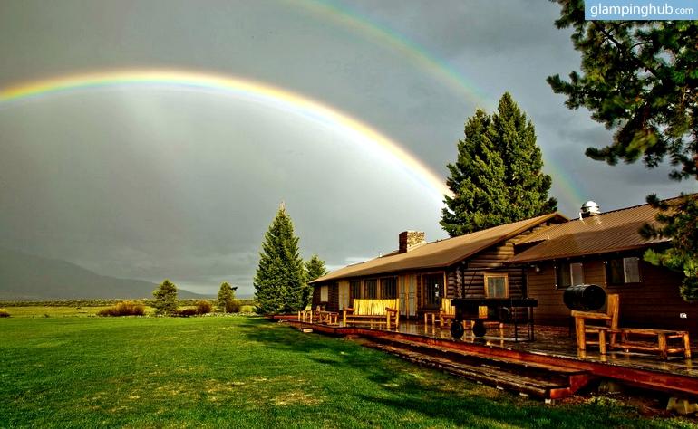 Luxury cabin rentals in west yellowstone luxury camping for West yellowstone cabins