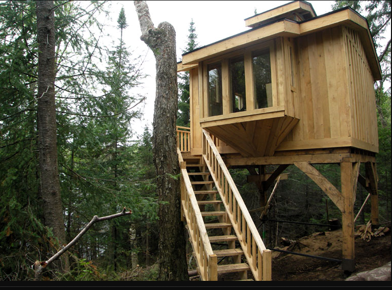 Tree house rental in laurentian mountains quebec for Laurentian mountains cabin rental
