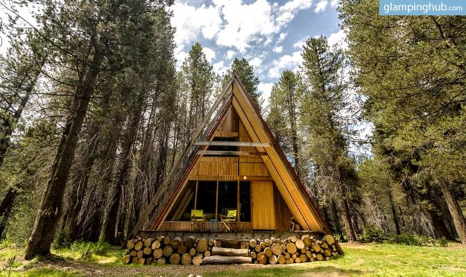 Spacious luxury cabin yosemite national park glamping cabin for Cabins in yosemite
