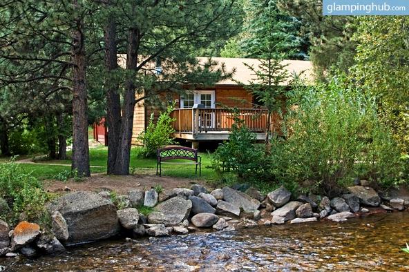 Riverside cabins near fort collins for Estes park lodging cabins