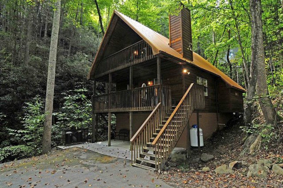 Georgia weekend getaways for Camping grounds with cabins