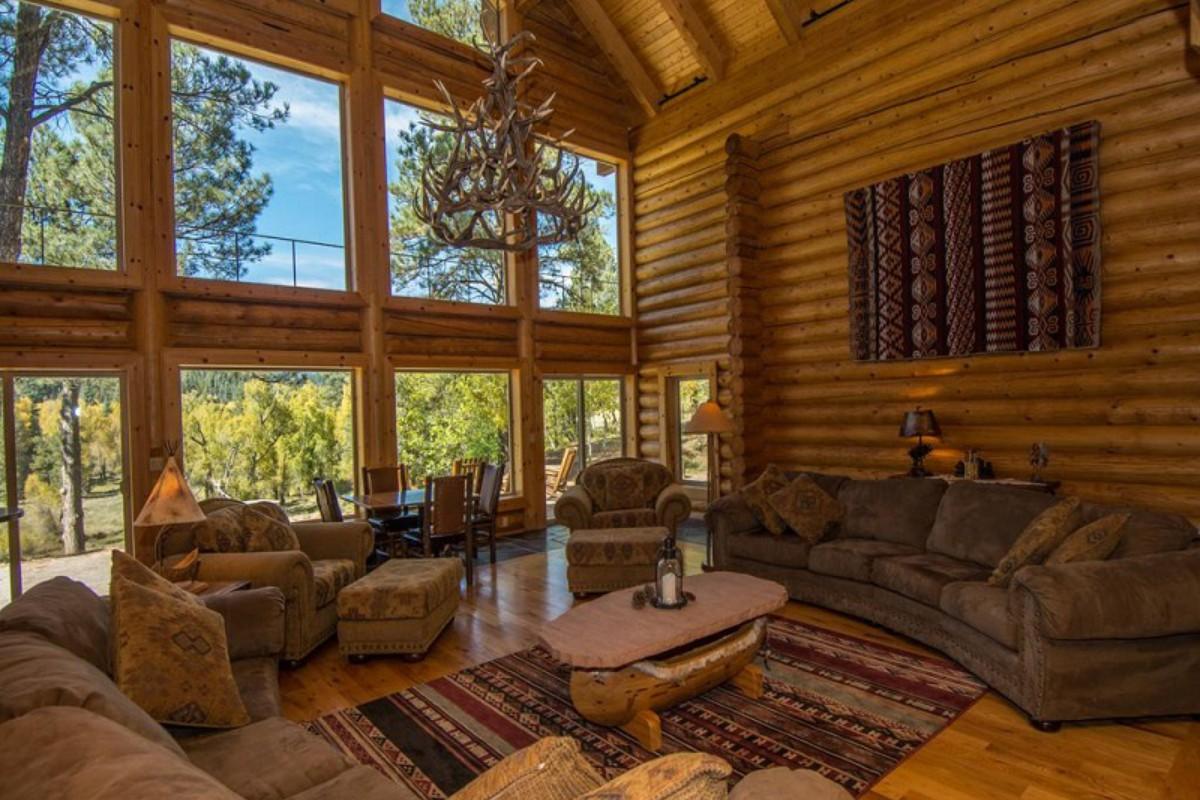 Winter weekend getaways for Winter cabin rentals colorado