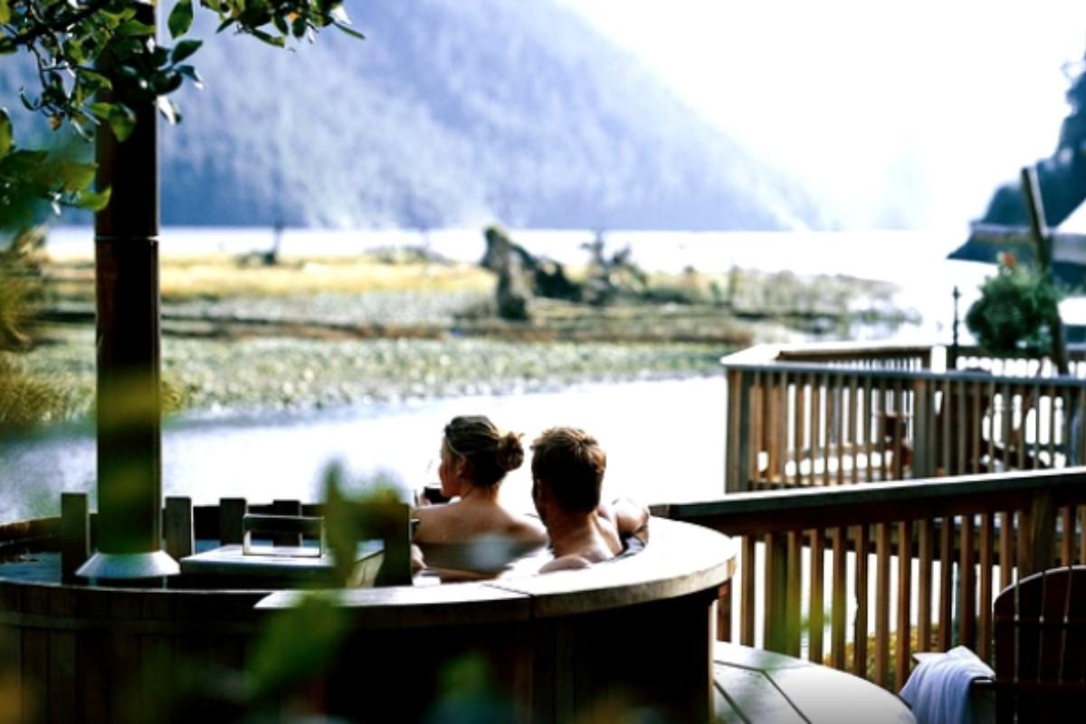 Canada weekend getaways for Where is a nice romantic weekend getaway