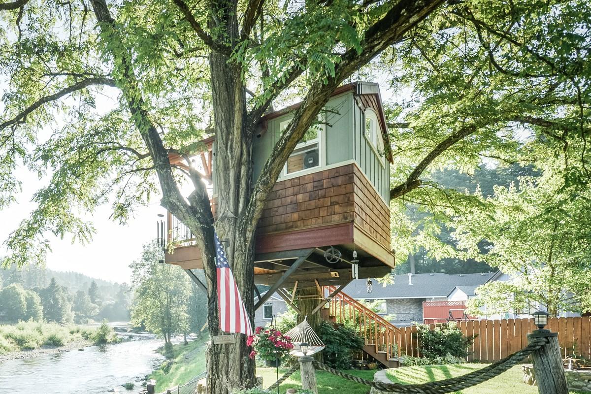 Tree house getaways for Cabins near portland oregon